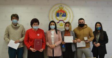 Nagrađeni najbolji volonteri Srpske: I u teškim vremenima dokazuju humanost i empatiju
